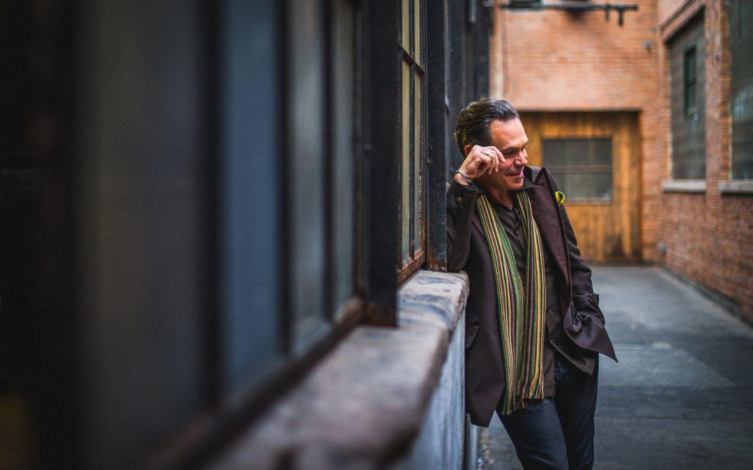 "Kurt Elling Releases Groove-laden New Single ""Manic Panic Epiphanic"""