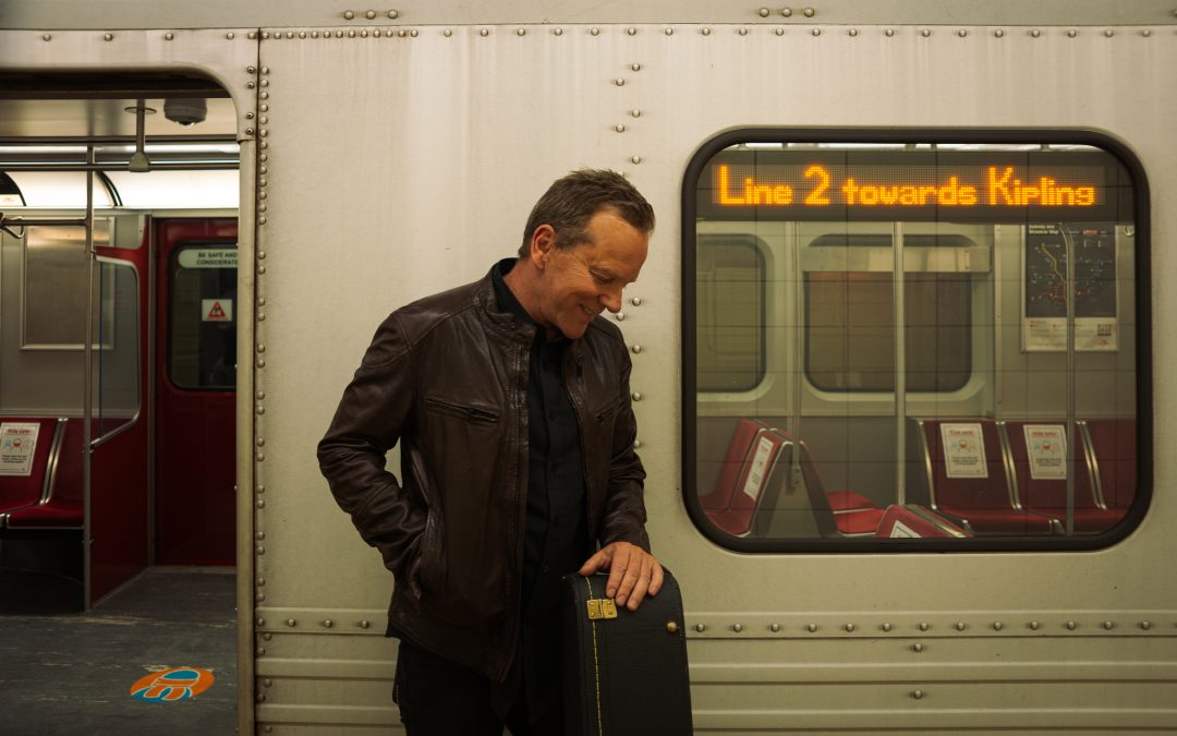 """Kiefer Sutherland Shares the New Single """"Bloor Street"""""""